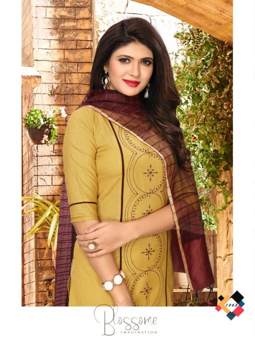 nari vol 10 rijiya trends cotton kurti with banarsi dupatta collection 7